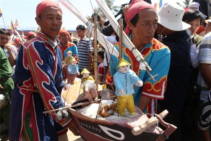 Chủ quyền biển đảo Việt Nam Nhìn từ lịch sử - Bài 1: Cứ liệu lịch sử
