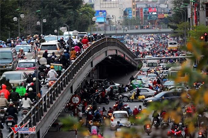 Mối đe dọa carbon thực sự của Việt Nam: đất nước của 50 triệu xe máy