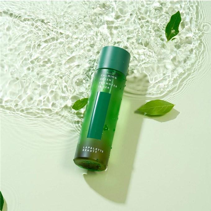 6 lọ toner trà xanh giúp da ráo dầu, lại tích hợp công dụng chống lão hóa để da đẹp chấp cả Hè nắng gắt