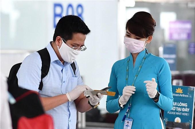 Thực hiện nghiêm công tác khai báo y tế trước chuyến bay