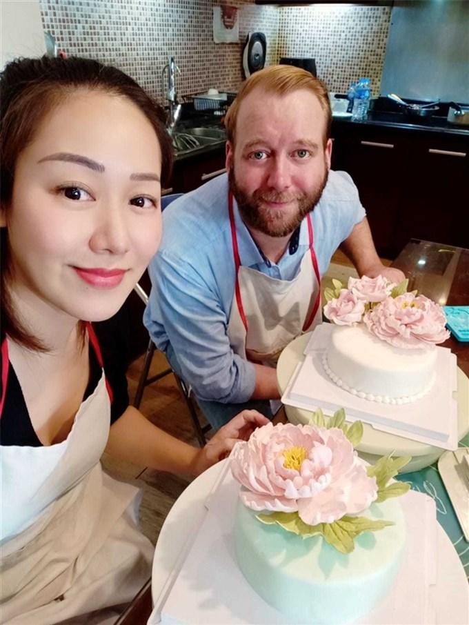 Hoa hậu Ngô Phương Lan: Ông xã người Anh nhưng hiểu Việt Nam hơn tôi