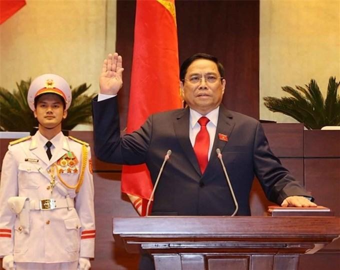 Lãnh đạo Trung Quốc gửi điện mừng tới Chủ tịch Nước và Thủ tướng Việt Nam