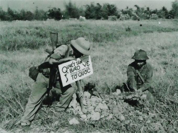 """Trung đoàn """"Củ Chi đất thép""""-truyền thống vẻ vang vọng mãi mai sau"""