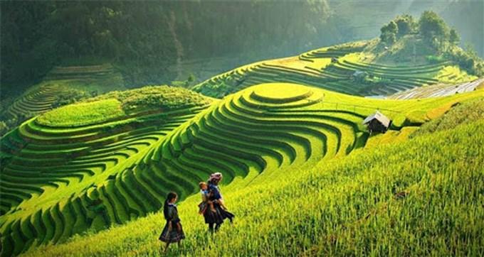 The Northwest Vietnam tourist destinations that walk until your sandals worn still want to come back