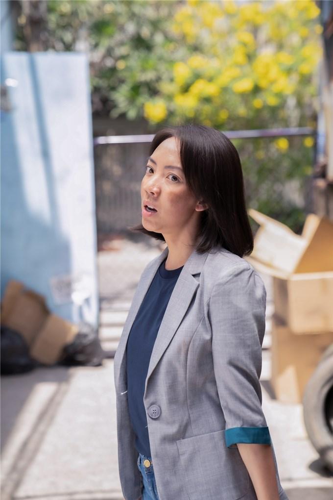 Hoa hậu hài Thu Trang đóng cùng lúc 3 vai trong một phim ngắn?