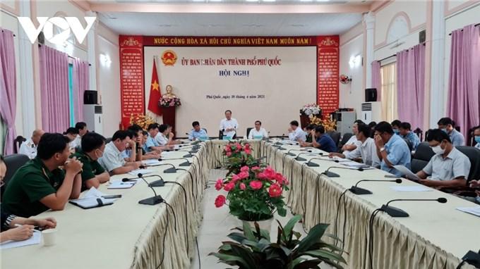 Campuchia dỡ bỏ lệnh phong toả, Kiên Giang họp khẩn cấp phòng chống COVID-19