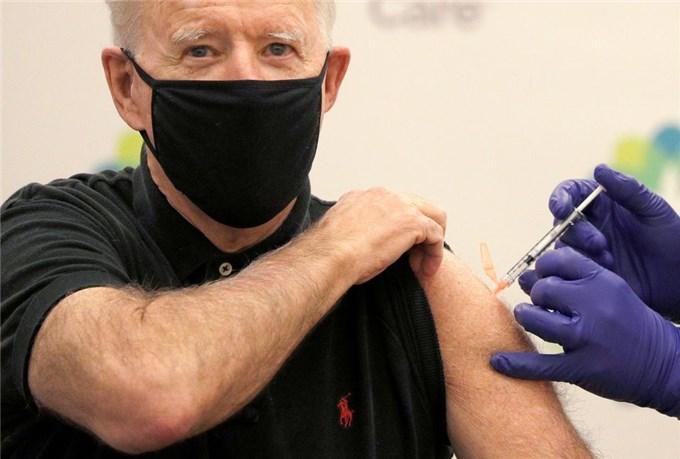 100 ngày đầu tiên của Tổng thống Joe Biden: Mỹ trở thành nước dẫn đầu toàn cầu về tiêm ngừa Covid-19