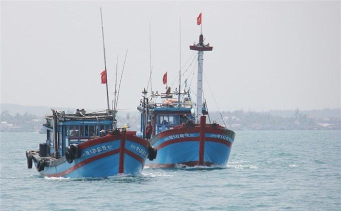 Quảng Ngãi động viên ngư dân sản xuất bình thường trước lệnh cấm phi pháp của Trung Quốc