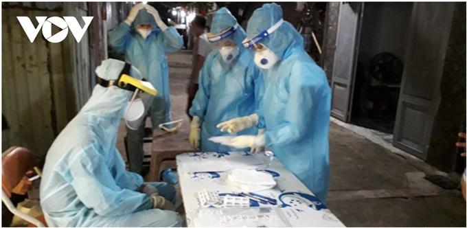 Thêm chuỗi lây nhiễm mới, TP.HCM yêu cầu thực hiện khai báo y tế với người mua thuốc
