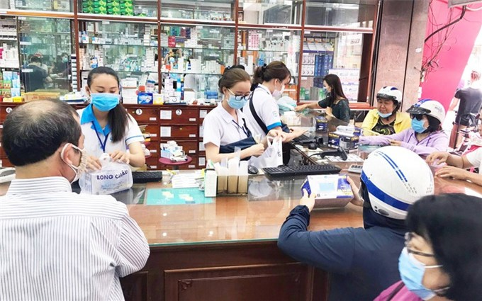 Tăng cường sàng lọc, rà soát, xét nghiệm nhanh ca bệnh COVID-19 tại cơ sở y tế, phòng khám và nhà thuốc