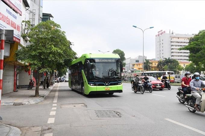 Hà Nội sẵn sàng hòa mạng xe buýt điện