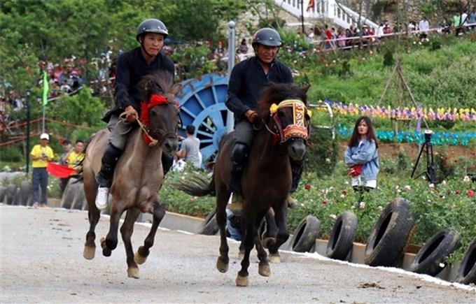 Bảo tồn những nét đặc sắc của di sản văn hóa Lễ hội đua ngựa Bắc Hà