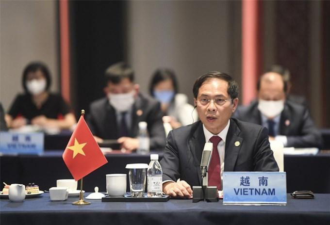 Việt Nam tích cực cùng ASEAN và Trung Quốc tăng cường đối thoại chính trị, đẩy mạnh hợp tác toàn diện