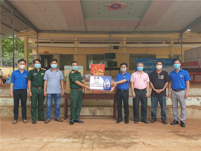 Tuổi trẻ Bình Phước hỗ trợ nguồn lực giúp Campuchia phòng chống dịch Covid-19