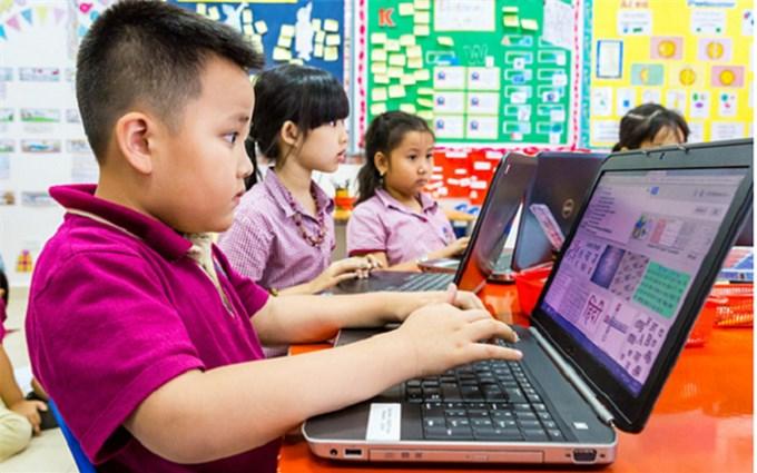 Trẻ em Việt Nam lên mạng dùng YouTube, Zalo, Facebook nhiều nhất