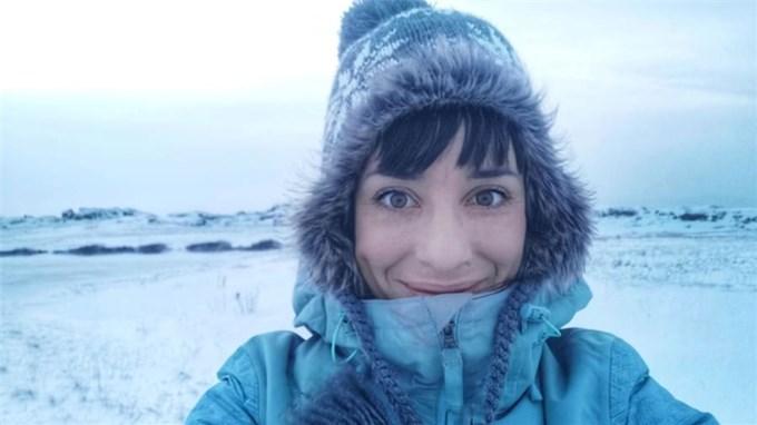 Cô gái tự cách ly ở Bắc Cực