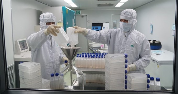 Vietnam homegrown COVID vaccine heads for full approval by year-end