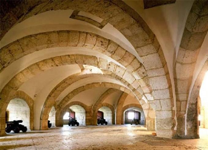 Du lịch Lisbon: Chiêm ngưỡng tháp Belém và ăn Caramen là hết sảy