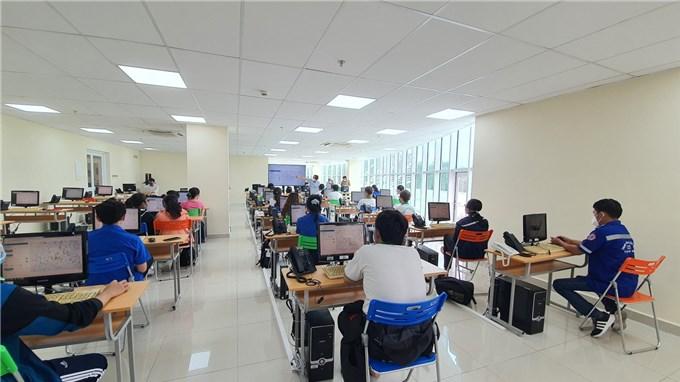 TP Hồ Chí Minh:  Vận hành Tổng đài cấp cứu 115 dã chiến phục vụ phòng, chống dịch COVID-19