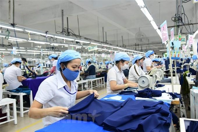 Standard Chartered hạ dự báo tăng trưởng của Việt Nam xuống còn 4,7%