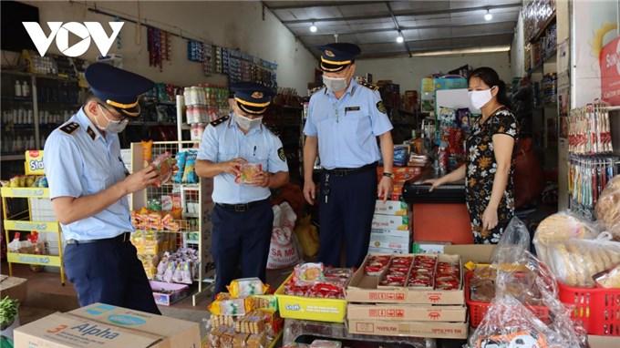 Tăng cường kiểm tra an toàn thực phẩm thị trường bánh Trung thu