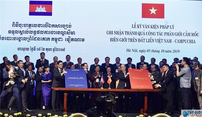 Biên giới Việt Nam-Campuchia: Nhìn lại những dấu mốc