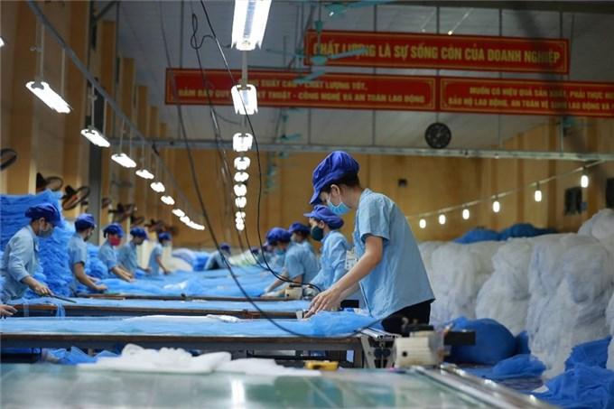 DBS Group Research hạ tăng trưởng năm 2021 của Việt Nam xuống 1,8%; lạc quan về năm 2022, với mục tiêu tăng trưởng GDP đạt 8%