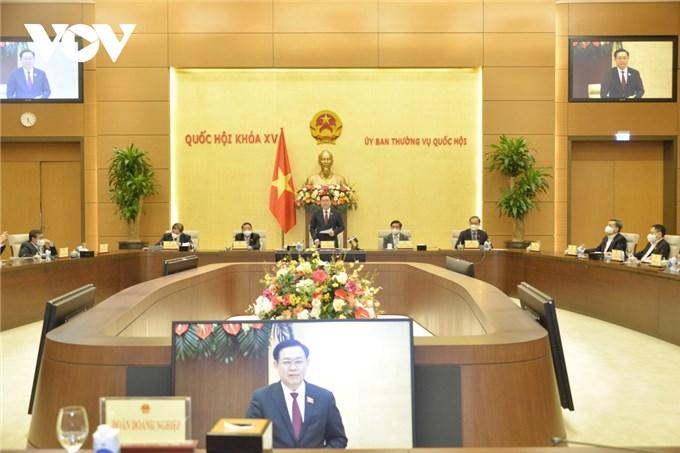 """Chủ tịch Quốc hội tin tưởng doanh nhân Việt Nam trong """"cái khó sẽ ló cái khôn"""""""