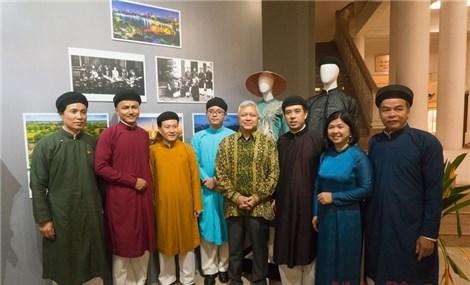 Sắc màu văn hóa đa dạng trong trang phục truyền thống ASEAN