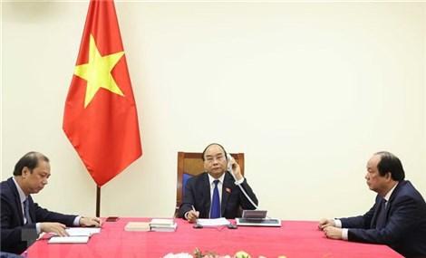 Thủ tướng Chính phủ Nguyễn Xuân Phúc điện đàm với Thủ tướng Thái Lan