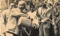 Chủ tịch Hồ Chí Minh và Tết trồng cây