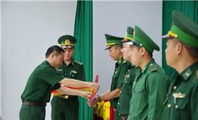 Tăng cường lực lượng tham gia phòng, chống Covid-19 tại biên giới Việt Nam - Campuchia