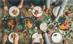 Các nước trên thế giới ăn gì khi đón năm mới?