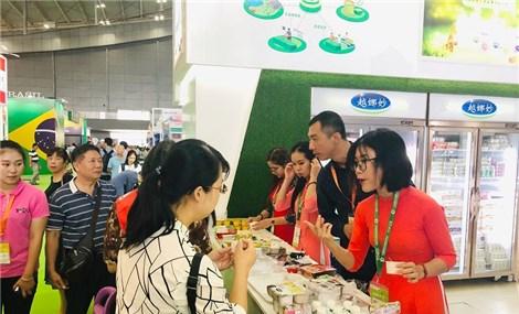 Vinamilk xuất khẩu sữa hạt và sữa đặc sang Trung Quốc