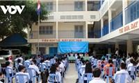 Khai giảng năm học mới cho con em người Campuchia gốc Việt