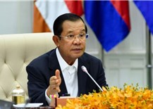 Thủ tướng Hunsen quyên góp 14 tháng lương để chống Covid-19 tại Campuchia