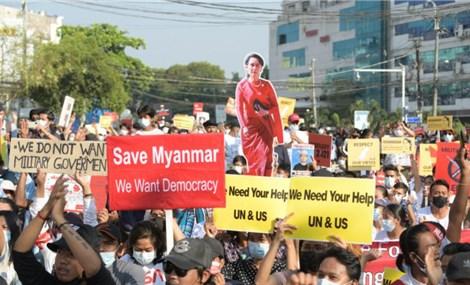 Biểu tình ở Myanmar khi nào mới hạ nhiệt