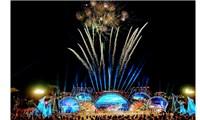 Hải Phòng bắn pháo hoa trong lễ hội Hoa phượng đỏ 2021