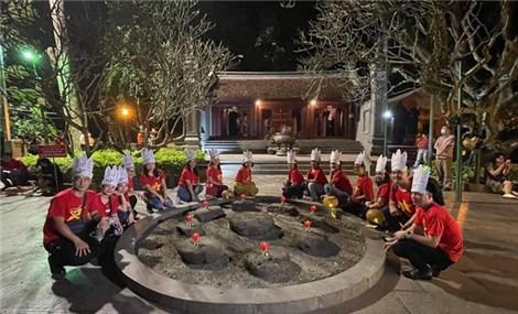 Phú Thọ: Mở tour du lịch đêm Đền Hùng