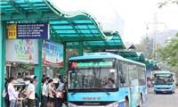 Ý thức phòng dịch trên xe buýt