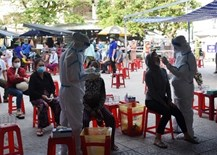 Vietnam outperforms in people's satisfaction with gov't response to COVID-19