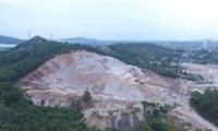 Thấy gì qua dựán trường học và khu dân cư, mang hàng vạn khối đất đi bán tại Uông Bí Quảng Ninh