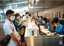 Vietnamese airlines assist passengers with ticket refunds