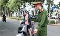 Hơn 10 ngày, Hà Nội phạt trên 3 tỷ đồng những người không đeo khẩu trang
