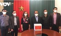 Cộng đồng người Việt tại Séc ủng hộ quỹ vắc xin phòng, chống Covid-19