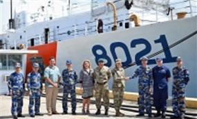 Bộ Tư lệnh Ấn Độ Dương - Thái Bình Dương Hoa Kỳ chào đón tàu Cảnh sát Biển Việt Nam CSB 8021