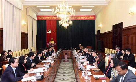 Việt Nam hoan nghênh đầu tư nước ngoài để hỗ trợ phát triển lĩnh vực tài chính