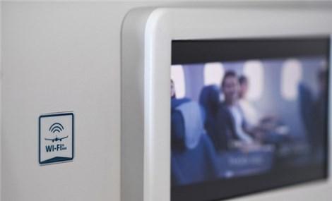 Vietnam Airlines, Viettel team up to offer in-flight internet service