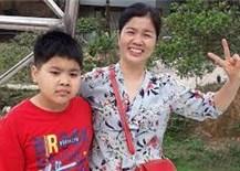 Bà mẹ 40 tuổi đạt 27 điểm thi tốt nghiệp THPT sau ba tuầnôn thi