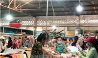 Hướng dẫn mua hàng thiết yếu và tiêm phòng vaccine tại TP.HCM